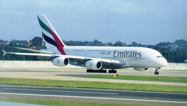 Самолет авиакомпании Emirates Airlines - Sputnik International
