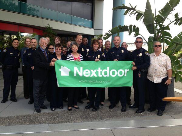 Police Department Сelebrates One Year Anniversary of Partnering With Nextdoor Social Network - Sputnik International