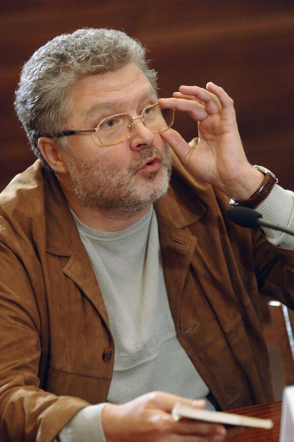 Russian writer Yuri Polyakov, the chief editor Literaturnaya Gazeta - Sputnik International