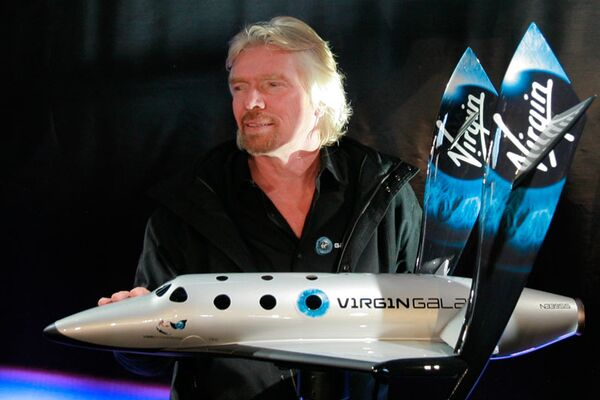 Virgin Group founder Richard Branson calls for a peaceful solution to the current conflict in Ukraine - Sputnik International