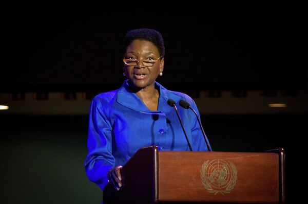 UN Humanitarian Chief Valerie Amos urges to seek funds for the Syrian refugees in Turkey, who had fled Kobani, also known as Ayn al-Arab, from Islamic State (IS) terrorist organization. - Sputnik International