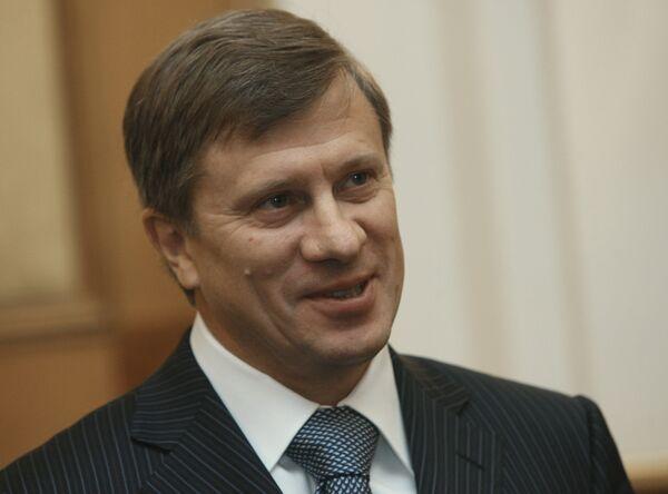 Aeroflot Director General Vitaly Savelyev said that Aeroflot plans to set up a new low-cost carrier replacing Dobrolet - Sputnik International