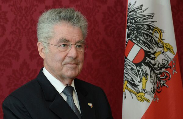 Austrian President said that relations between the European Union, Russia and Ukraine have to cool down. - Sputnik International