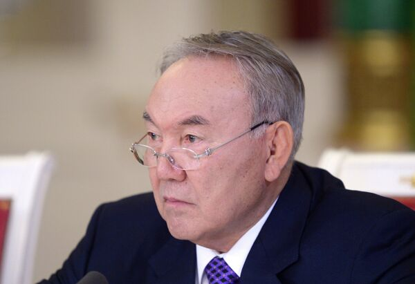 Kazakh President Nursultan Nazarbayev suggests discussing the issue of creating a free trade zone between countries bordering the Caspian Sea. - Sputnik International