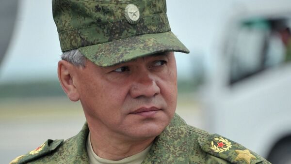 Defense Minister Sergei Shoigu says that over 155,000 personnel and thousands of units of military hardware were deployed in the ongoing large-scale exercises in Russia's Far East. - Sputnik International