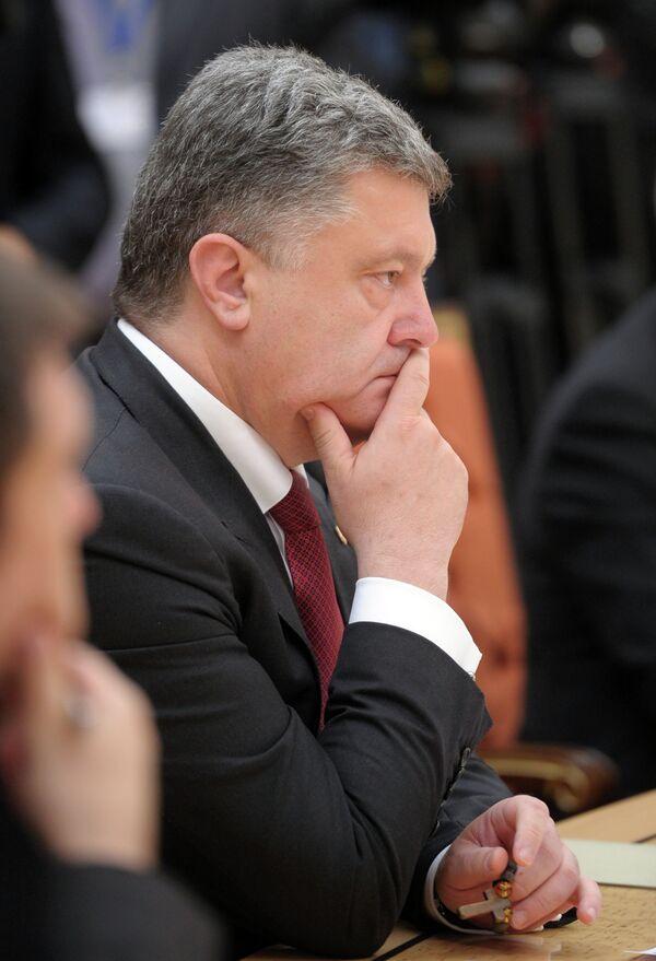 Ukrainian President Petro Poroshenko outlines interim results of his presidency on September 14, 2014. - Sputnik International
