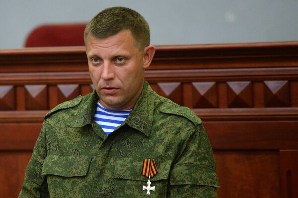 Donetsk People's Republic Prime Minister Alexander Zakharchenko said aggravated situation in the republic may negatively reflect on the process of the Minsk talks on Ukraine. - Sputnik International