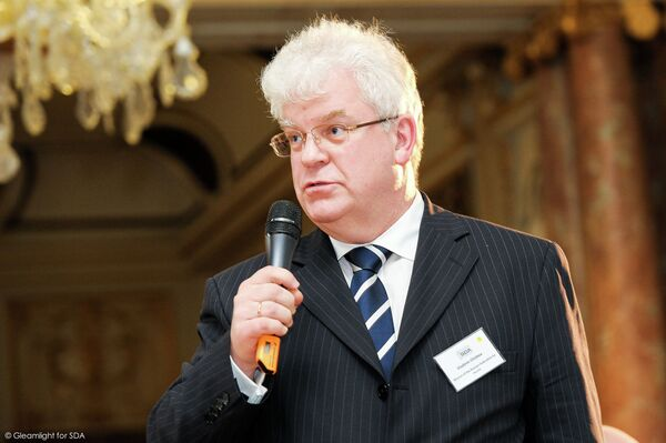 Russian Envoy to the European Union Vladimir Chizhov says that the European Union's new sanctions against Russia do not target the gas sector because Europe is too dependent on Russian gas supplies. - Sputnik International