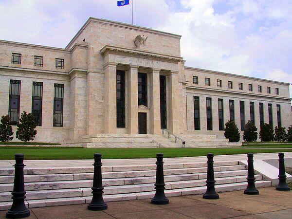 US Federal Reserve System revised down its US GDP growth forecast for 2014, 2015 - Sputnik International