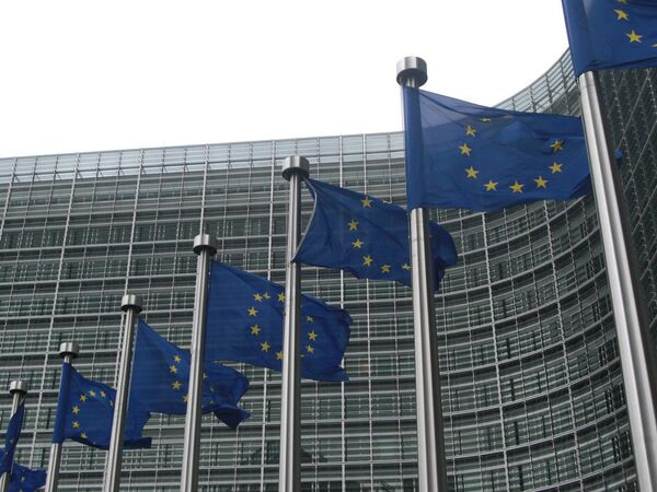 European Commission to step up its help to Syria and neighboring countries by providing an additional 215 mln. euro - Sputnik International