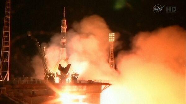 """Soyuz"" Flight Towards ISS: Farewell to Astronauts and Spacecraft Blast Off - Sputnik International"