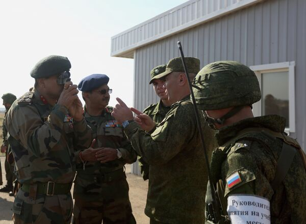 The Indra-2014 Russian-Indian tactical drills began on September 23 and will run through to October 2. - Sputnik International