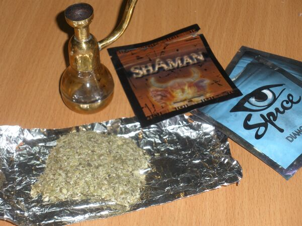 """Approximately 700,000 have been poisoned and more than 25 have died, after using a new form of synthetic cannabis, widely known as """"Spice"""", the head of the Russian Federal Drug Control Service (FSKN) Viktor Ivanov told RIA Novosti on Monday. - Sputnik International"""