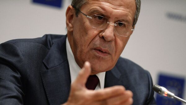 Russia urges not to foster the ideas of going back to the use or force as a method of resolution of the Ukrainian Crisis, Sergei Lavrov said - Sputnik International