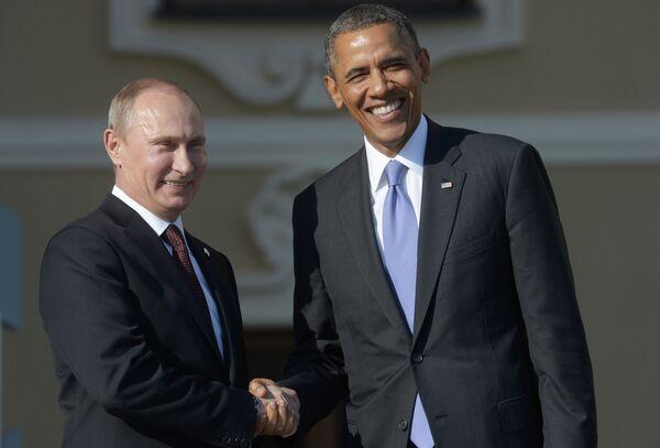 Russian President Vladimir Putin (L) and US President Barack Obama (R) . - Sputnik International