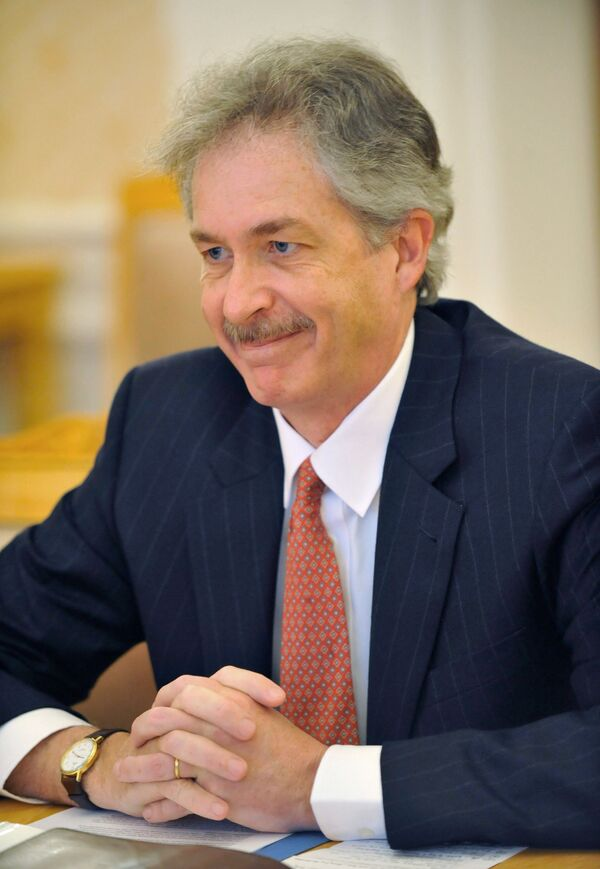United States Deputy Secretary of State Bill Burns will leave his post Friday, the department's spokesperson Jen Psaki said - Sputnik International
